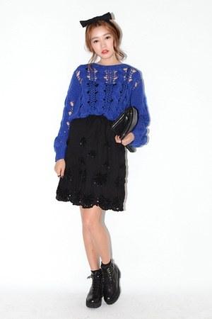 blue dress - black skirt