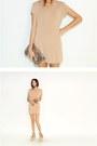 Nude-dress