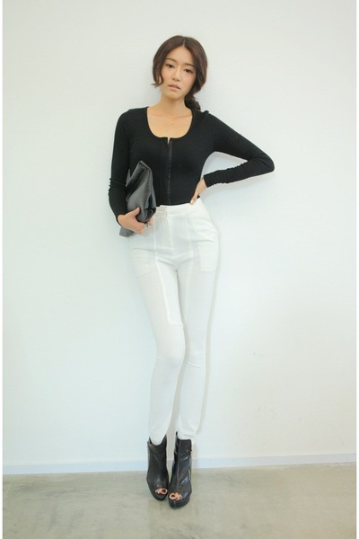 "Black Tops, White Pants | ""lovesss"" by parksora 