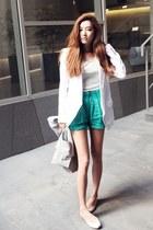 turquoise blue Style Nanda shorts - white Style Nanda blazer - off white bag