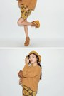 Mustard-shoes-gold-sweater
