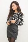 Silver-top-black-skirt