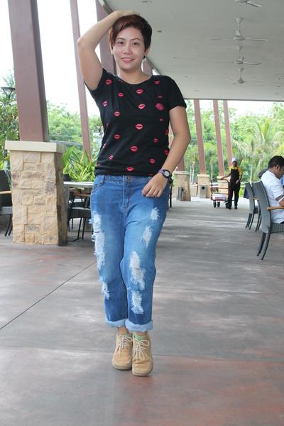 Fass t-shirt - hi-cut Hush Puppies shoes - boyfriend jeans Anno Domino pants