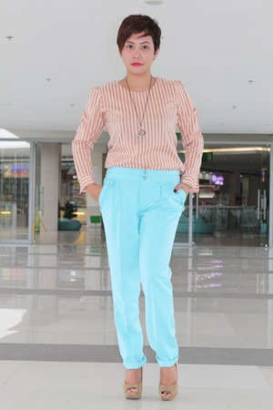 brown KCC Department Store blouse - light blue KCC Department Store pants