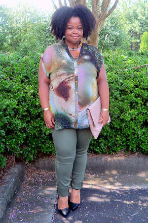 galaxy Forever21 top - Forever21 shoes - asos bag - cargo Old Navy pants