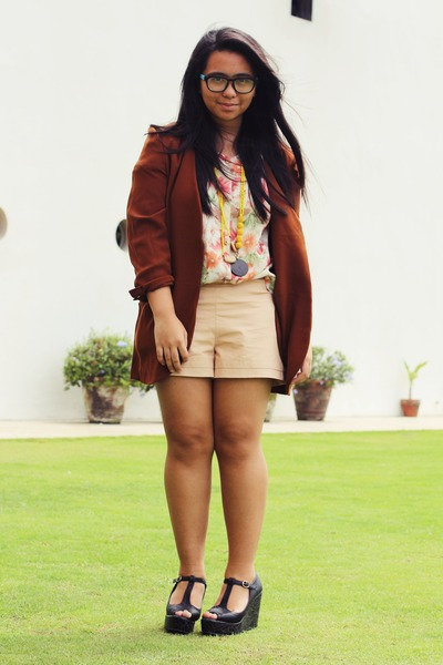 crimson thrifted blazer - peach Forever 21 shorts - light pink thrifted top
