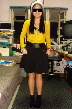 forever 21 sweater - Zara skirt - Rusty Lopez shoes - baguio hat - brothers sock