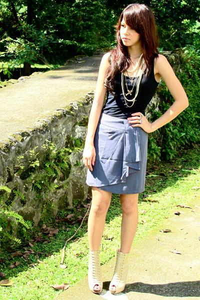 black Forever 21 - heather gray Forever 21 skirt - beige Forever 21 - Forever 21