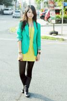 thrifted blazer - leather Zara boots - H&M tights - Chanel bag - tank Zara top