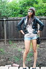 Black-carbon-blazer-beige-topshop-abercrombie-and-fitch-shorts-black-bla