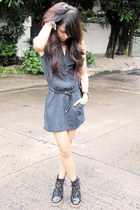 black ANDRE CHANG boots - navy Forever 21 dress - black skinny Forever 21 belt