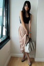 White-gucci-bag-tan-charles-keith-pumps-light-pink-forever-21-skirt