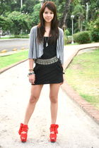 gray Zara cardigan - black Forever 21 - black Zara belt - black Miley Cyrus x Ma