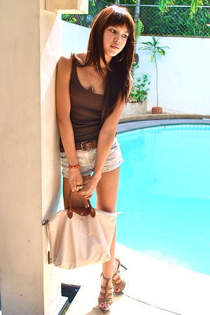 floral printed Topshop shorts - beige bag longchamp - brown tank top Topshop