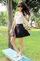 white Tretorn sneakers - black Forever 21 skirt
