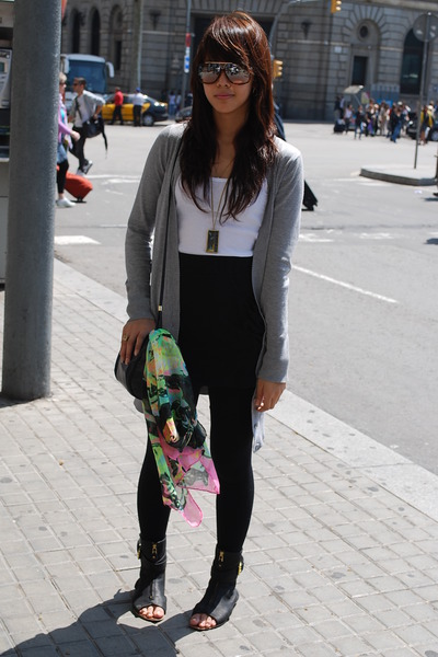 gray Topshop cardigan - white Zara - black Miley Cyrus x Max Azria skirt - black