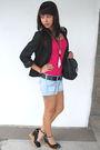 Black-blazer-pink-h-m-top-black-nine-west-belt-urban-outfitters-shorts-b