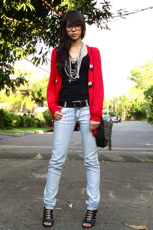 red minnie muse Forever 21 cardigan