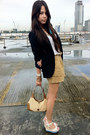 Brown-paper-bag-forever-21-shorts-black-zara-blazer-tan-gucci-bag