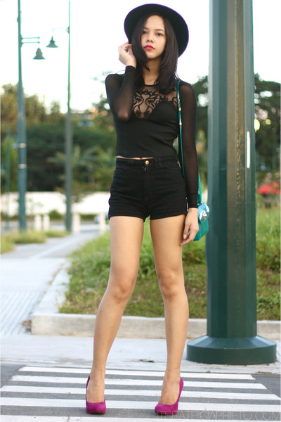 black Forever 21 hat - black American Apparel shorts