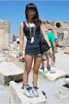 black H&M - silver accessories - abercrombie and fitch shorts - silver doc marte