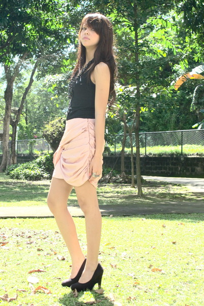 black Forever 21 - light pink Forever 21 skirt - black Forever 21 necklace - bla
