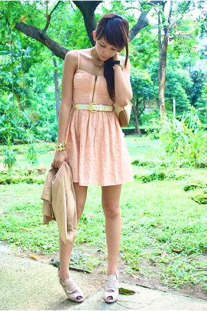 beige vest - pink Topshop dress - white belt - beige Gucci - beige Charles & Kei