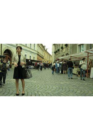 beige blazer - black dress - black shoes - - gold accessories