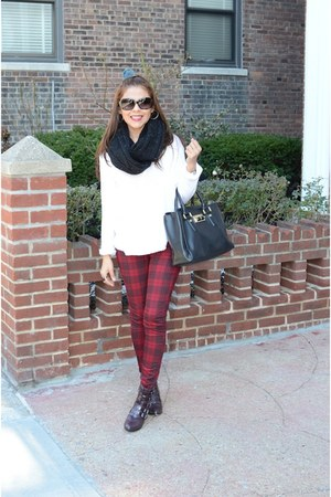 crimson tartan Forever 21 pants - black Uniqlo scarf
