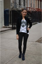 off white Zara t-shirt - black Century21 pants - navy sckecher sneakers
