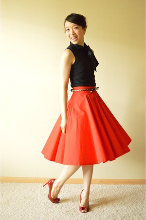 red Zara skirt - black banana republic top