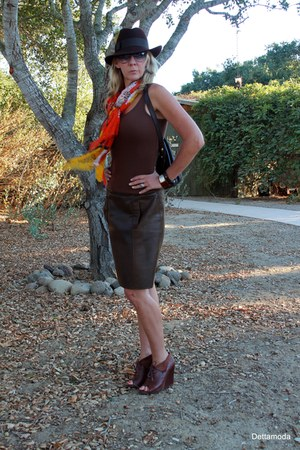 sam edelman boots - Betmar hat - Perlina bag - American Eagle t-shirt