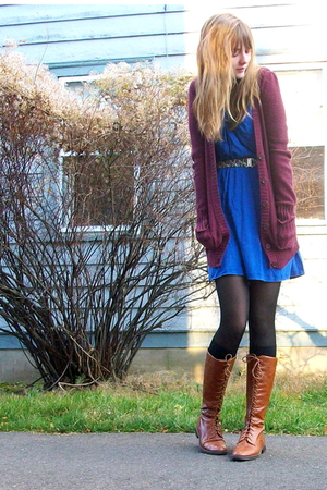 red cardigan - blue dress - brown boots