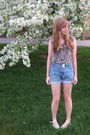 Purple-f21-shirt-blue-thrift-shorts-white-uo-shoes