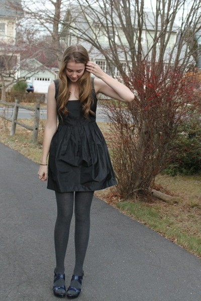Black Modcloth Dresses Charcoal Gray Tights Navy Wedges