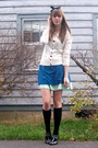Beige-cardigan-green-skirt-blue-dress-silver-shoes