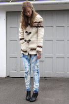 beige f21 sweater - blue DIY jeans - black H&M boots