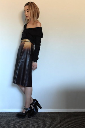 Prada skirt - Miu Miu pumps