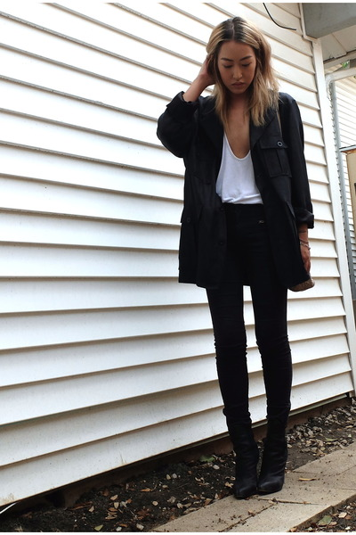 black Guiseppe Zanotti boots - black rag & bone jeans
