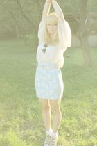 beige H&M blouse - blue vintage skirt - beige vintage from filip belt - gold vin