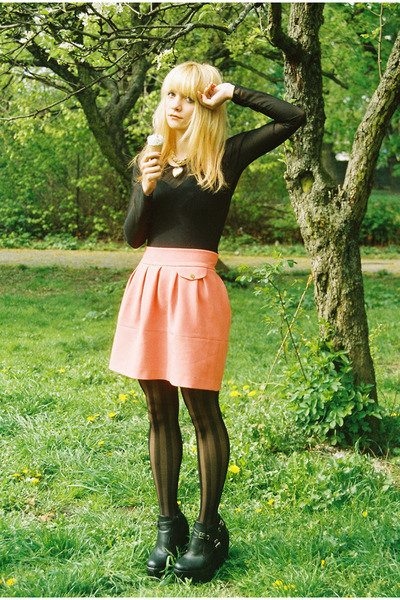 Ebay boots - romwe tights - H&M skirt - body vintage accessories