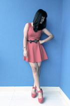 bow studded Zara belt - red dress Zara dress - bow wedges junejulia wedges