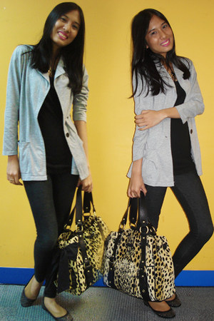 black jersey H&M top - heather gray blazer - gold Juicy Couture bag