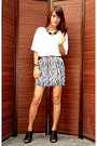 White-mango-top-random-brand-skirt-primadonna-shoes