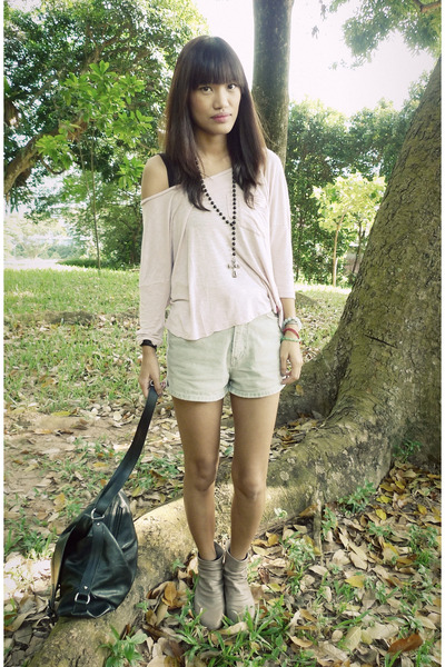 tan Primadonna boots - heather gray thrifted shorts - light pink Esprit top - bl