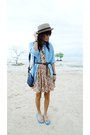 Orange-vintage-dress-sky-blue-vintage-shirt-camel-sm-hat