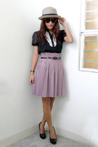 black Archiveclothing top - light purple Archive Clothing skirt - camel SM hat
