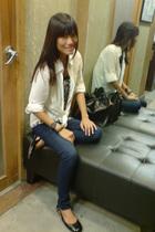H&M top - fab jeans - Gino Vitori shoes