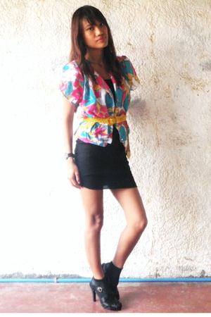 vintage blouse - H&M dress - shoes