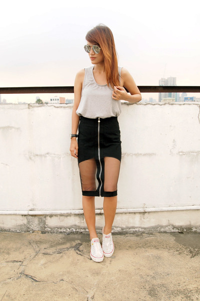 Black-pinkaholic-fashion-shoppe-skirt-silver-fly-shades-sunglasses